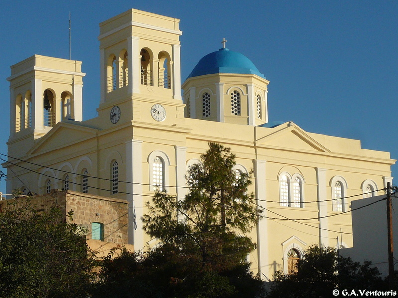 Kimolos - Churches at the castle and at Horio