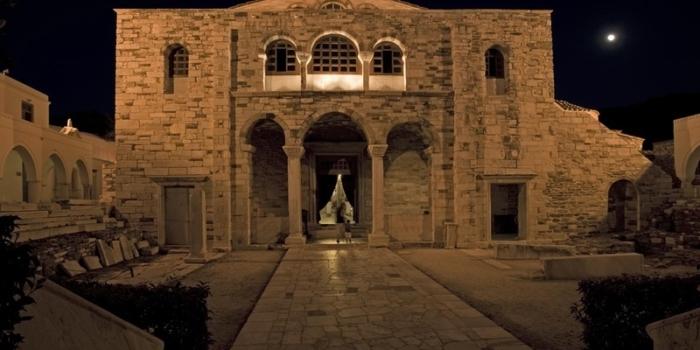 Paros - Η Παναγία Εκατονταπυλιανή
