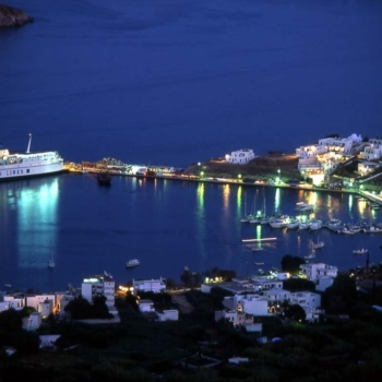 CYCLADES – SERIFOS© Clairy MoustafellouLivadi town , port