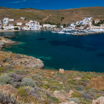Europe, Greece, Cyclades, Kythnos, Loutra, port, beach, hydrotherapy