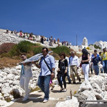 Folegandros - Festivals and Costums
