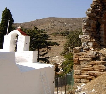 Aghia Marina church.. Kea island. Cyclades county. Greece. Europe. George Detsis. 09/2005.