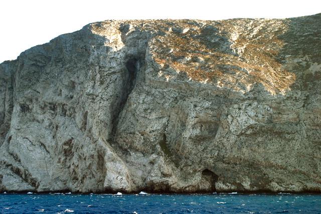 Folegandros - Chrysospilia